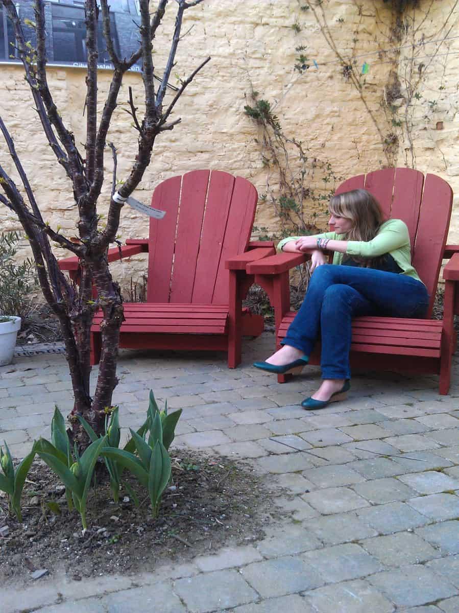 Houten Tuinstoelen Verven.Meubels Verven Meubelverf Voor Binnen En Buiten Moosefarg Nl