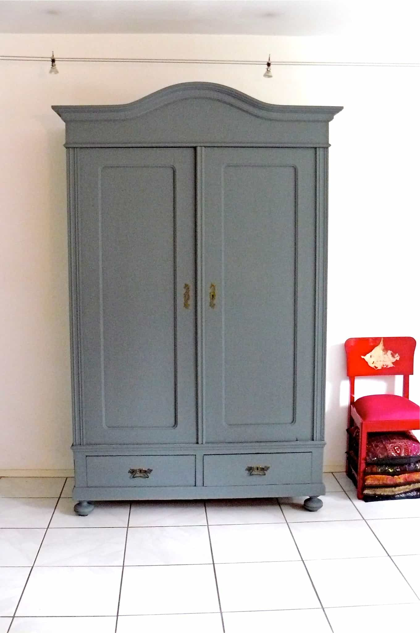 kastje grijs moose f rg. Black Bedroom Furniture Sets. Home Design Ideas