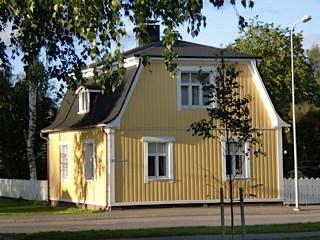 geel-houten-huis