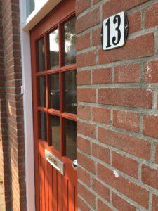 Voordeur verven Falu Röd Zweeds rood