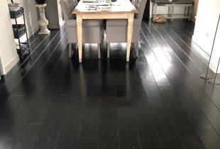 zwarte vloer houten vloer verven