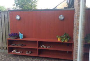 Tuinkast in falu roos Zweeds rood
