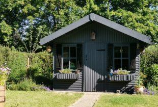 Blyrunga gra tuinhuis