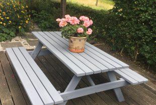 Picknicktafel verven